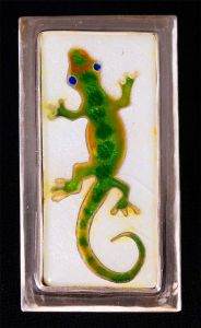 GECKO 2 2015 Cloisonné, fine and sterling silver Clover Award Purchase Art Student Honors Exhibition 2015 S.485.15.JW